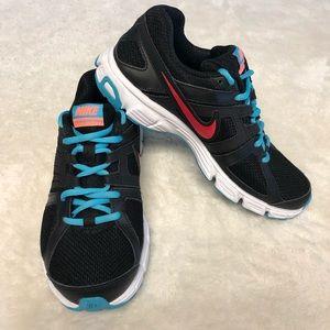 Nike Downshifter 5 Shoes Women's Size US 6